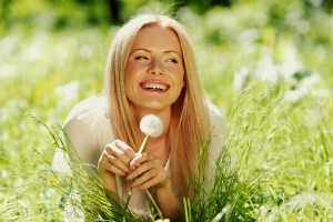 Young Blonde with Dandelion in Grass - SPLENDOR IN THE LEMONGRASS - Crop - Blog - Sm