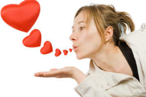 Chic Urban Woman Blowing Heart Kisses - FRENCH KISSES - Crop - Blog - Sm